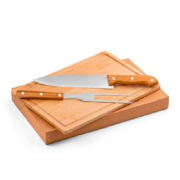 Kit churrasco. Aço inox e bambu. Tábua e 2 peças em caixa kraft. Food grade | Tábua: 300 x 200 x 12 mm
