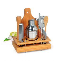 Conjunto para bar e caipirinha em Inox/Bambu. Conjunto composto por oito acessórios para bar e caipirinha, sendo uma coqueteleira em aço inox escovado...