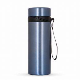 Garrafa Térmica Inox 590 ml Altura :  20 cm Largura :  7,3 cm Circunferência :  23 cm Medidas aproximadas para gravação (CxL):  15,5 cm x 6 cm Peso ap...