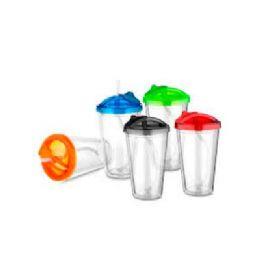 Copo de plástico parede dupla com espremedor de frutas 500 ml com tampa e canudo  Plástico Utilizado: PS (Poliestireno) Medidas: 21 x 9,5 cm  Peso do...