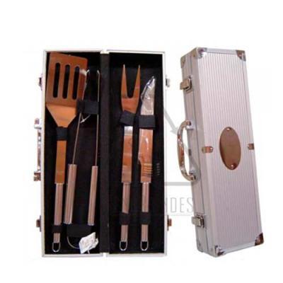 Sena Brindes - Kit Churrasco com maleta e 4 peças personalizado Medida Aproximada: 38 x 11 x 7cm