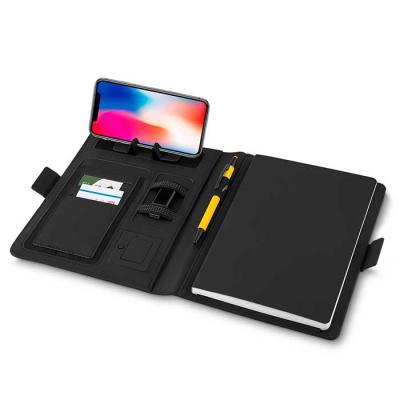 MatBrindes - Caderno de anotações com powerbank 4.000 mAh  Carregamento por indução para celular com tecnologia compatível Interior com porta documentos, cartões e...