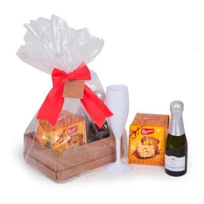 MatBrindes - Kit Natal contendo: 1 mini panettone, 1 mini espumante e 1 taça em caixa fechada com celofane e laço. Podemos personalizar a taça ou a caixa. Montamos...
