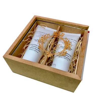 Print Maker - Estojo contendo 1 sabonete líquido, 1 loção hidratante, em madeira de mdf natural