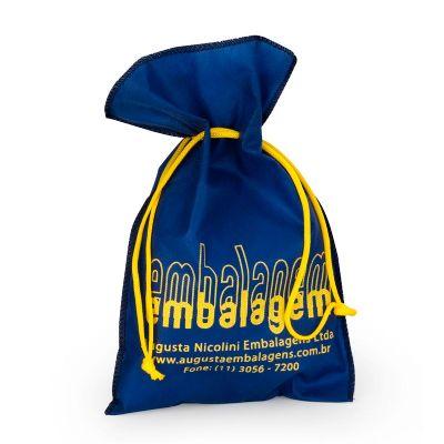 Embalagem - Embalagem de TNT personalizada com cordão