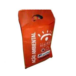 Embalagem - Saco de lixo personalizado em TNT para cambio. Pode-se alterar cor, material e tamanho.