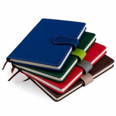 A.C.O. Brindes - Bloco de anotações Personalizados com fechamento imantado. Capa produzida em tecido sintético texturizado, contém aproximadamente 96 folhas amarelas s...