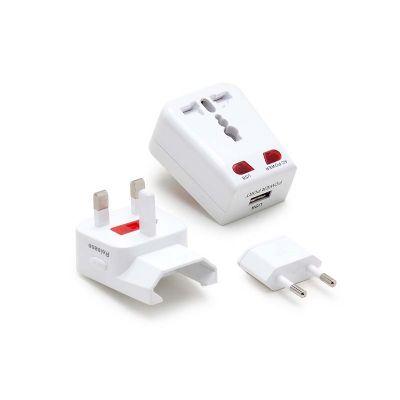 Marca Laser - Adaptador universal personalizado para viagem com entrada USB, pinos retráteis e bivolt.