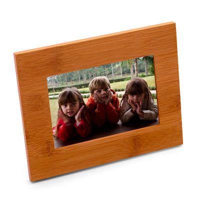 Marca Laser - Porta retrato horizontal em bambu. - med. 220x 170x 10mm.