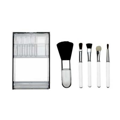 Skill Brindes Promocionais - Kit pincel 5 peças em estojo plástico com visor transparente. Parte interna acompanha um espelho, compartimento dos pincéis é inclinável. Possui: pinc...