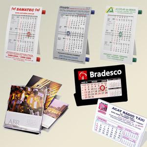 Madson Brindes - Calendários em PVC ou papel, com suporte em capa de CD.