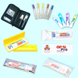 Madson Brindes - Kit para higiene bucal com estojo de PVC.