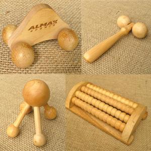Madson Brindes - Massageadores de madeira, diversos modelos personalizáveis.