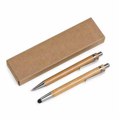 Fabrika de Chaveiros - Kit ecológico caneta e lapiseira em bambu com estojo de papelão. Caneta bambu com clip metálico e possui borracha touch na parte inferior, quando acio...