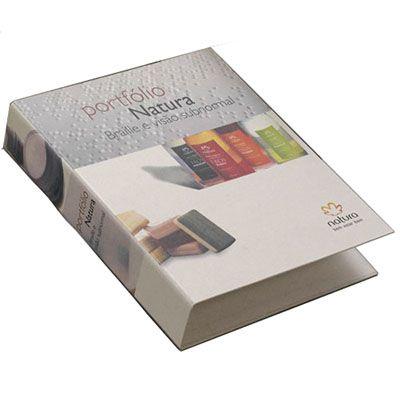 Artik - Pasta cartonada - ecológica.  Montagem: capa em papel reciclado com impressão 4 cores com laminação BOPP fosco e o forro em papel reciclado sem impres...
