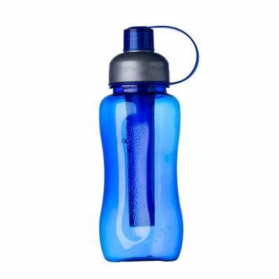 Brindes da Terra - Squeeze plástico 600ml ice bar. Squeeze colorido acinturado com detalhe retangular texturizado nas laterais, possui tampa cinza com detalhe ondulado a...