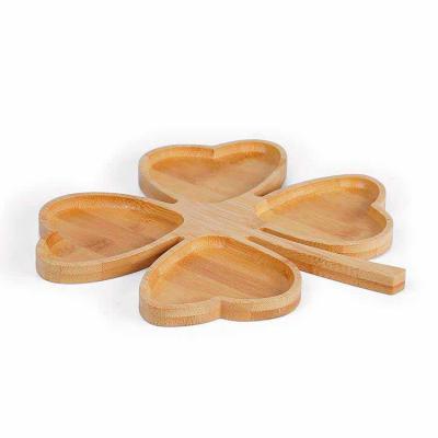 elo-brindes - Petisqueira em bambu formato de trevo personalizada