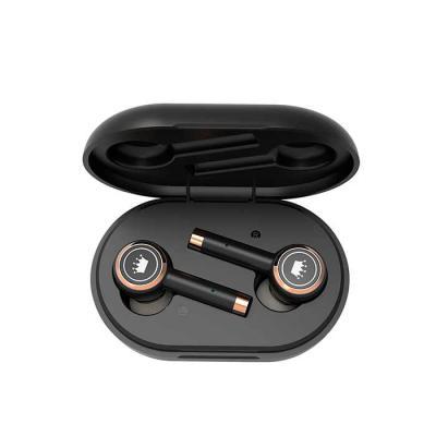 Elo Brindes - O fone de ouvido bluetooth é uma excelente opção e pode ser usado por seus clientes e parceiros no escritório, em casa, durante exercícios ao ar livre...