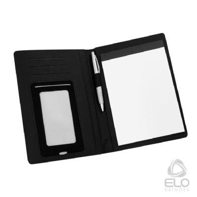 Elo Brindes - Em courino, bloco (20 folhas pautadas) de anotações, espaço para 1 caneta, porta cartão, porta celular e repartição interna. *Não acompanha caneta. Co...