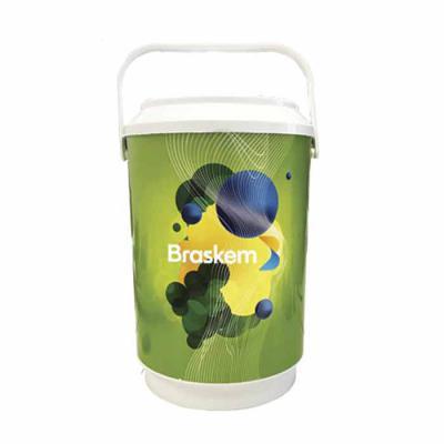 Promoline Brindes Personalizados - Cooler Liro Isotérmico com capacidade para 8 latas serve também como porta garrafas e balde de gelo, produzido em polipropileno ( PP ) com parede dupl...