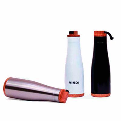 Promoline Brindes Personalizados - Squeeze Garrafa Cedar corpo em aço inoxidável disponível na cor natural, branco e preto com pintura epóxi de alta resistência, tem capacidade para 750...