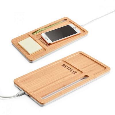 t7-promocional - Organizador de mesa em bambu. Carregador wireless, hub USB e suporte para celular.