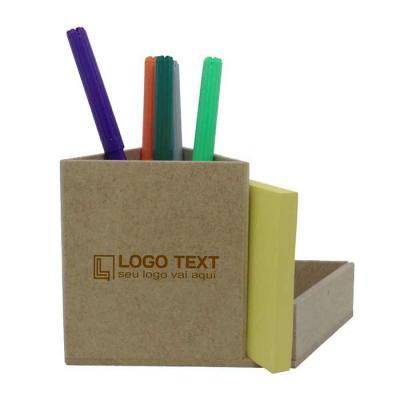 ecologik-sustentaveis - Porta-lápis e office triangular Produzida em material 100%  proveniente de reflorestamento.Gravação de logomarca no sistema Hotstamping sem emissão de...