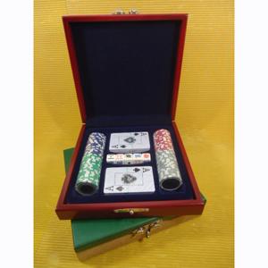 Armazém Brasileiro - Kit de poker personalizado composto por 100 fichas de plástico, 02 baralhos plastificados e 01 jogo de dados de poker, em estojo de madeira com pintur...