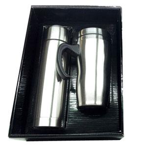 Mugmania - Caixa papelão na cor preta com tampa, tendo dois espaços internos para montar o seu kit com garrafa térmica e um mug modelo blindado, monte seu kit e...