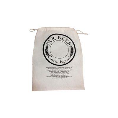 AGP Brindes - Embalagem em TNT com cordão de nylon.