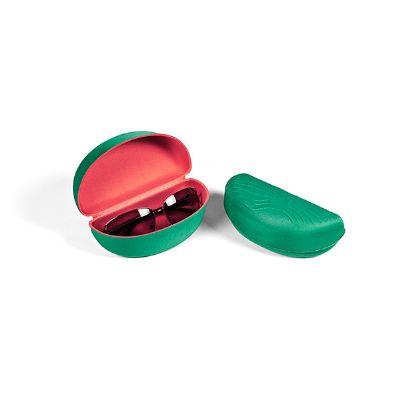 JOMO - Porta-óculos promocional, termomoldado com revestimento externo e interno em poliéster. Dimensões: 160 x 80 x 55 mm