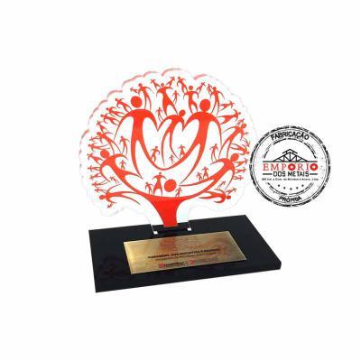 Empório dos Metais - Troféu em acrílico cristal com corte a laser e gravado com impressão digital U.V. Fabricamos troféus em acrílico sob encomenda. Troféus personalizados...