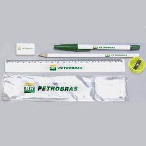 Estilo Brindes - Kit escolar personalizado em envelope de PVC - Medidas 21 x 5 cm. O cliente pode montar o kit com as peças que precisar. Sua marca presente no dia a d...