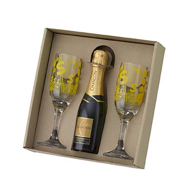 d-kore-porcelanas - Kit champanhe em caixa craft com berço. Com 02 Taças e 01 Chandon Baby 187ml