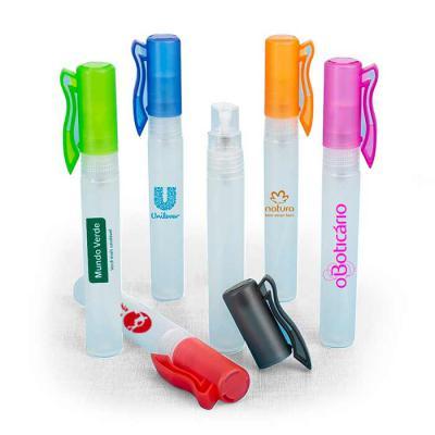 Capital Brindes - Spray higienizador 10ml plástico formato bastão com acabamento fosco, contém tampa de clipe e tampa spray colorido. Para inserir essências, basta desr...