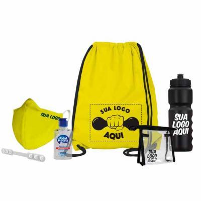 Multipacks Brasil - Kit esportivo Anti-Covid:  Saco mochila Máscara Necessaire Extensor de máscara Álcool em gel Squeeze opcional
