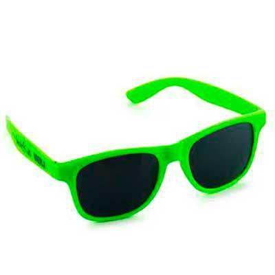 Brindes Oliveira - Óculos de sol com proteção de 400 UV.