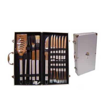 Brindes Curitiba - Kit maleta KC 1200, fazemos 01 gravação a laser na etiqueta INOX da tampa da maleta e em 01 faca,  Outras opções:  Ref. 1889.................03 pçs +...