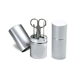 Brindes Curitiba - Kit manicure com estojo em alumínio e gravação a laser. Evidencie a sua marca através de brindes criativos!