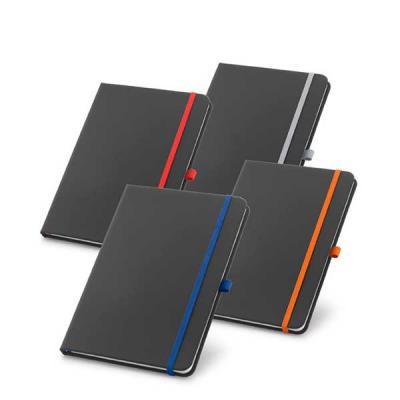Zimi Brindes - Caderno capa dura. C. sintético. Com porta esferográfica e 80 folhas pautadas.