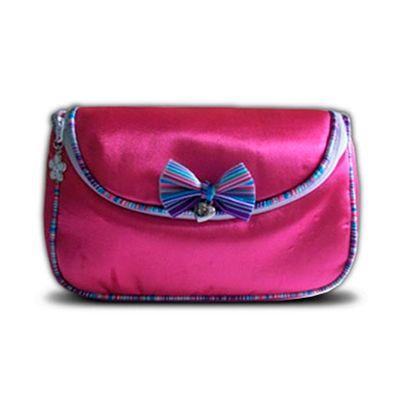 Beetrade Gift - Kit Dia das Mulheres - Necessaire com frasqueira em tecido acetinado.