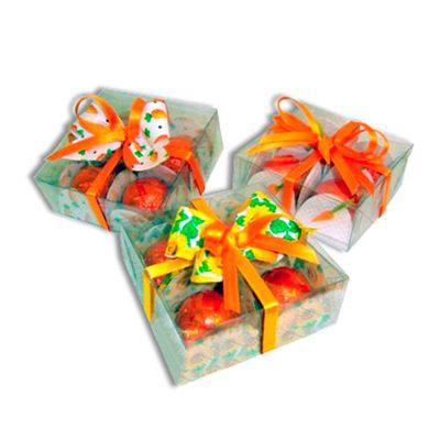Beetrade Gift - Kit Páscoa - Caixa em acrílico com quadro mini ovos trufados e decorados com fitinhas.