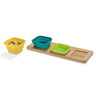 Promus Brindes - Base de mesa com 3 potes. Bambu e silicone. Incluso caixa de cartão