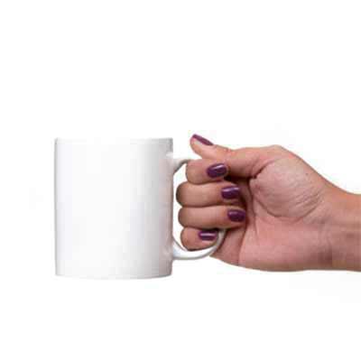 Brindes Qualy - Caneca de porcelana branca, 310 ml, com gravação em UV em até 320º.