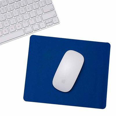 Brindes Qualy - Mouse pad formato redondo e personalização de texto ou marca. Sua marca conquistando visibilidade todos os dias.