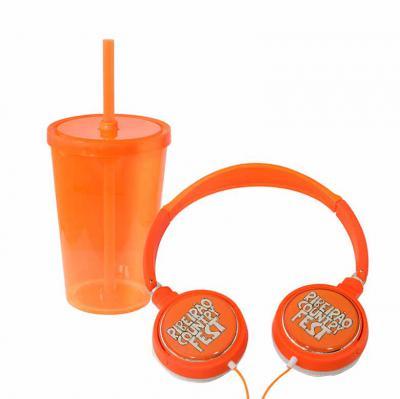 Fantastic Brindes - O headphone possui tecnologia antirruído, design simples, fácil para personalização (conta com uma área de personalização de 5,4 cm de diâmetro). Suas...