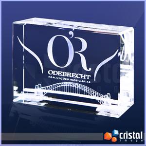 Cristal Image - Peça Personalizada em Cristal óptico com baixa concentração de chumbo (Garante total transparência). Gravação 3D ou 2D na posição horizontal ou vertic...