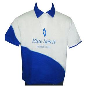 Stantex Soluções Têxteis - Camisa polo em algodão com detalhes nas mangas e gravação personalizada.