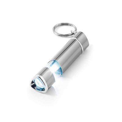 Pratic Brindes - Chaveiro. Alumínio. Com LED. Incluso 4 pilhas LR41. 18 x 78 x 18 mm. Personalizado a Laser.