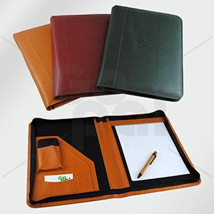 Craft House Brasil - Fichário em couro legítimo ou couro sintético.